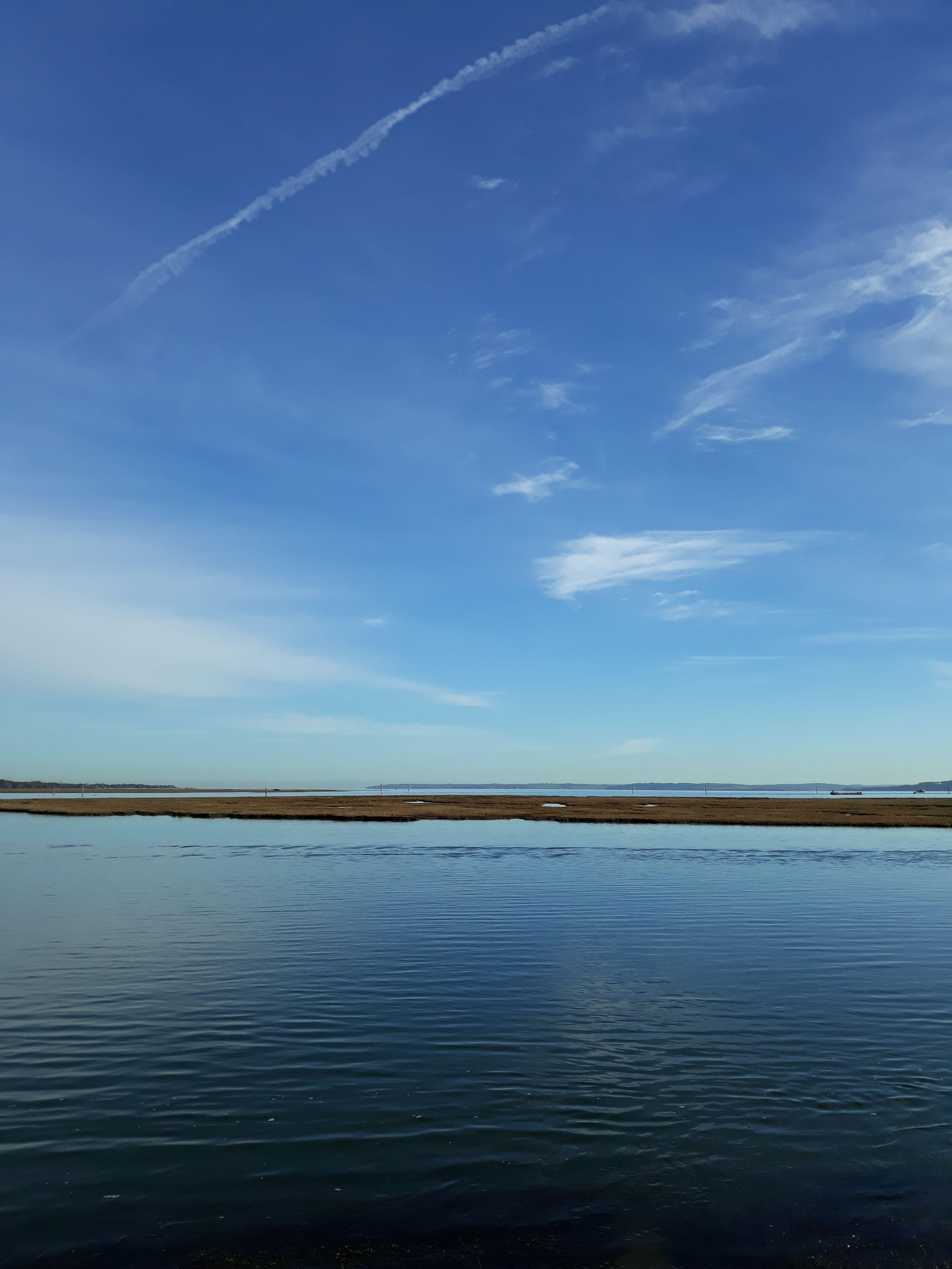 Ocean and sky in Lymington